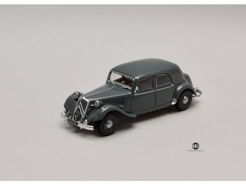 Citroen Traction Avant 15-SIX 1953 šedá 1:43 Atlas
