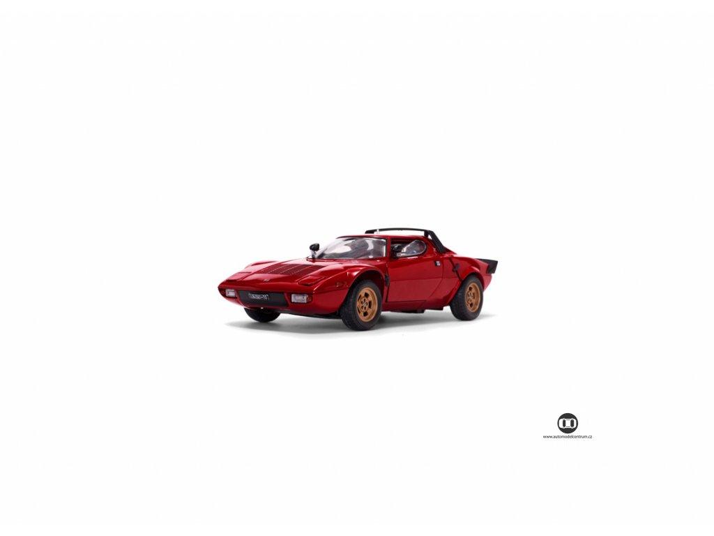 Lancia Stratos Stradale 1975 červená 1 18 Sun Star 4521 01