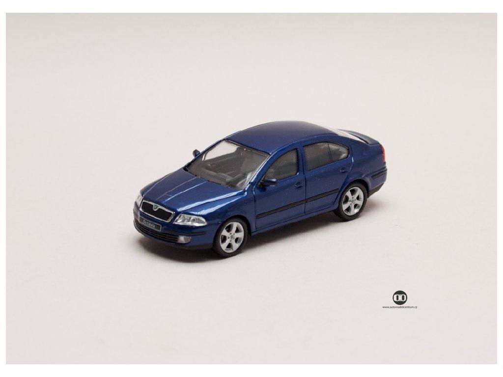 Škoda Octavia II 2004 modrá Hlubinná metalíza 1 43 Abrex 143AB 001K 01