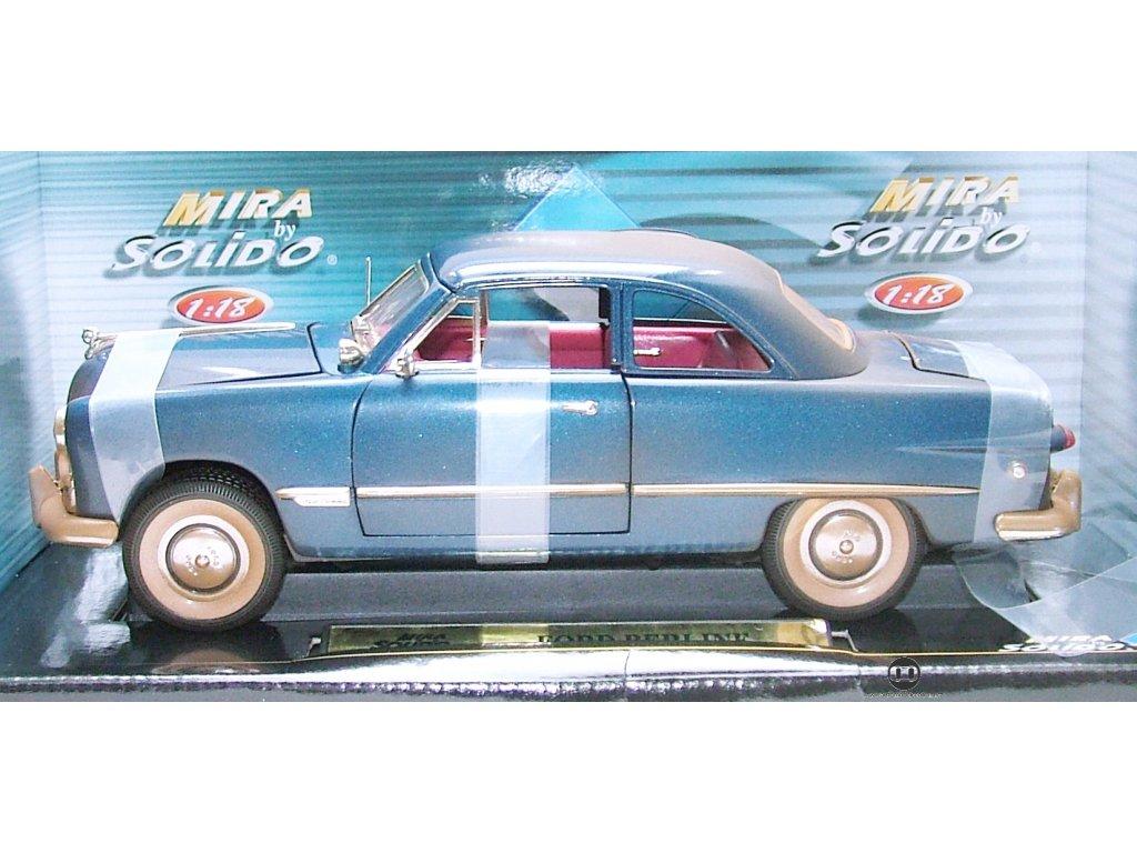 Ford Berline 1949 - jako zaprášený modrá 1:18 Solido