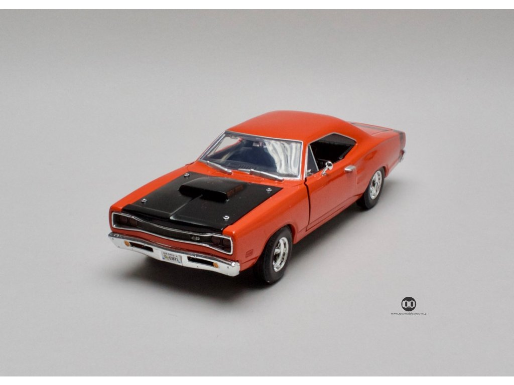 Dodge Coronet Super Bee 1969 oranžová 1:24 Motor Max