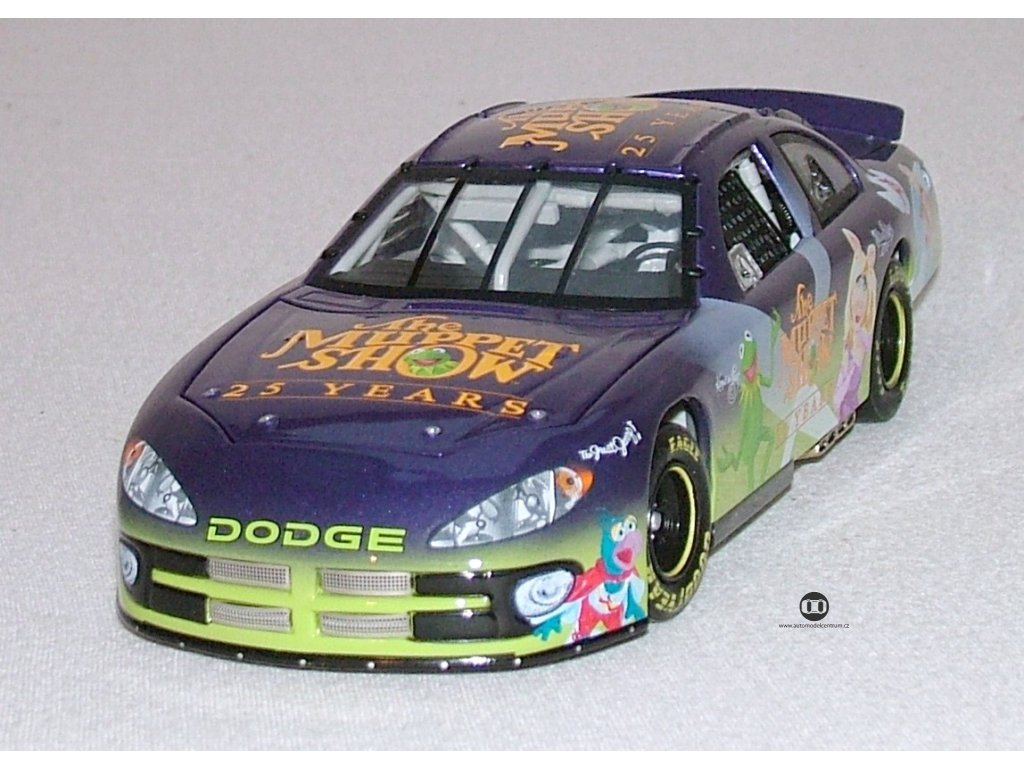 Dodge 25th 2002 Action 1 24 401088 Muppet 2