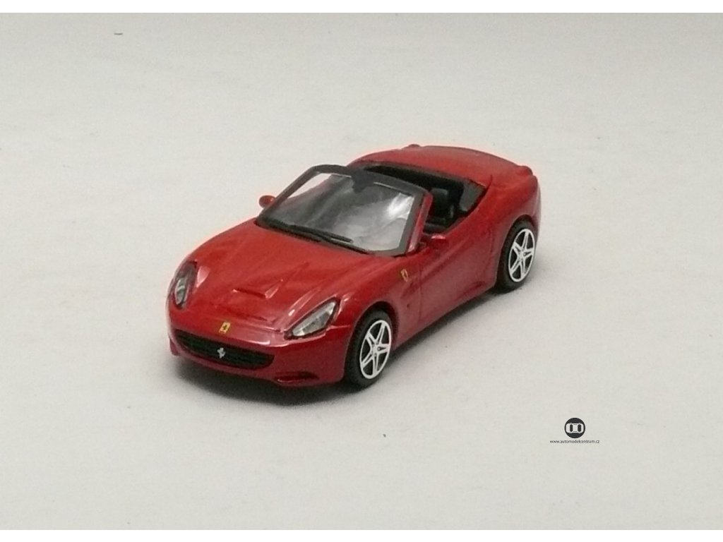 Ferrari California Convertible červená Race & Play 1:43 Bburago