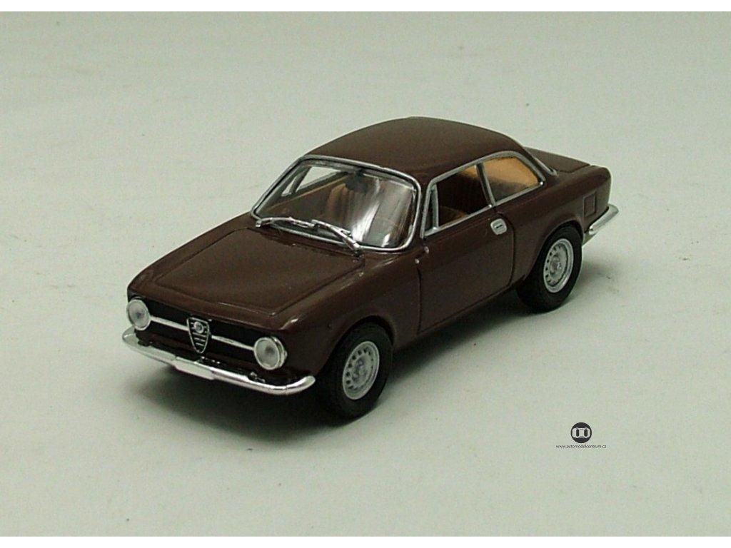 Alfa Romeo 1300 Junior 1969 hnědá 1:43 Car Selection