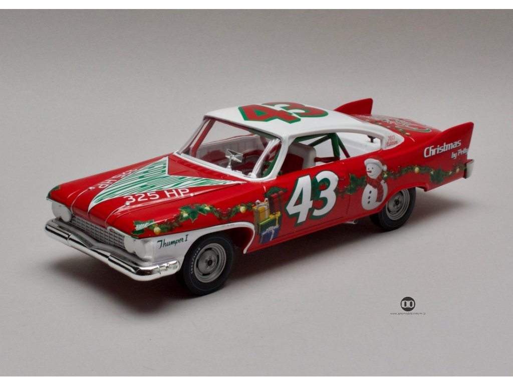 Plymouth Fury 1960 # 43 Richard Petty 1:24 Auto World