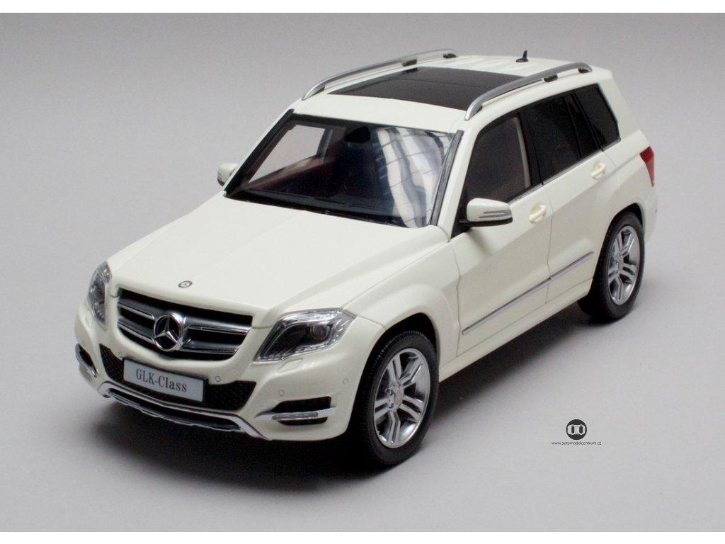 Mercedes-Benz GLK 2013 bílá 1:18 GTA Welly