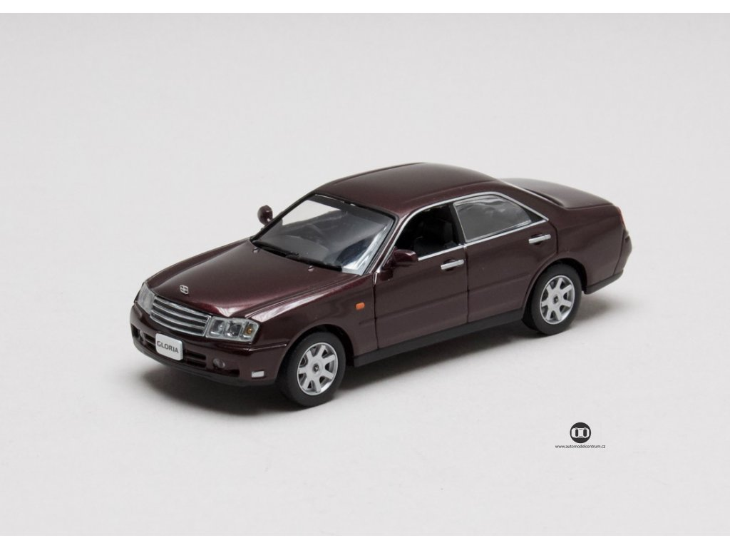 Nissan Gloria Ultima-Z v Package 2001 hnědočervená 1:43 Jcollection