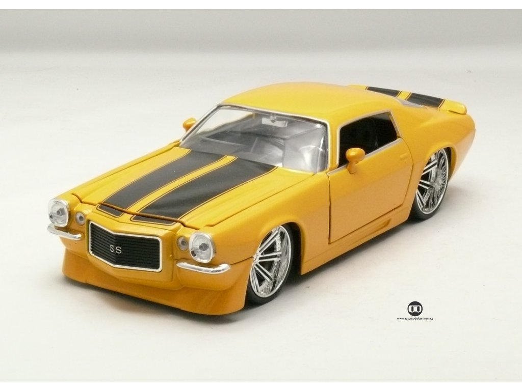 Chevrolet Camaro 1971 žlutá 1:24 Jada Toys