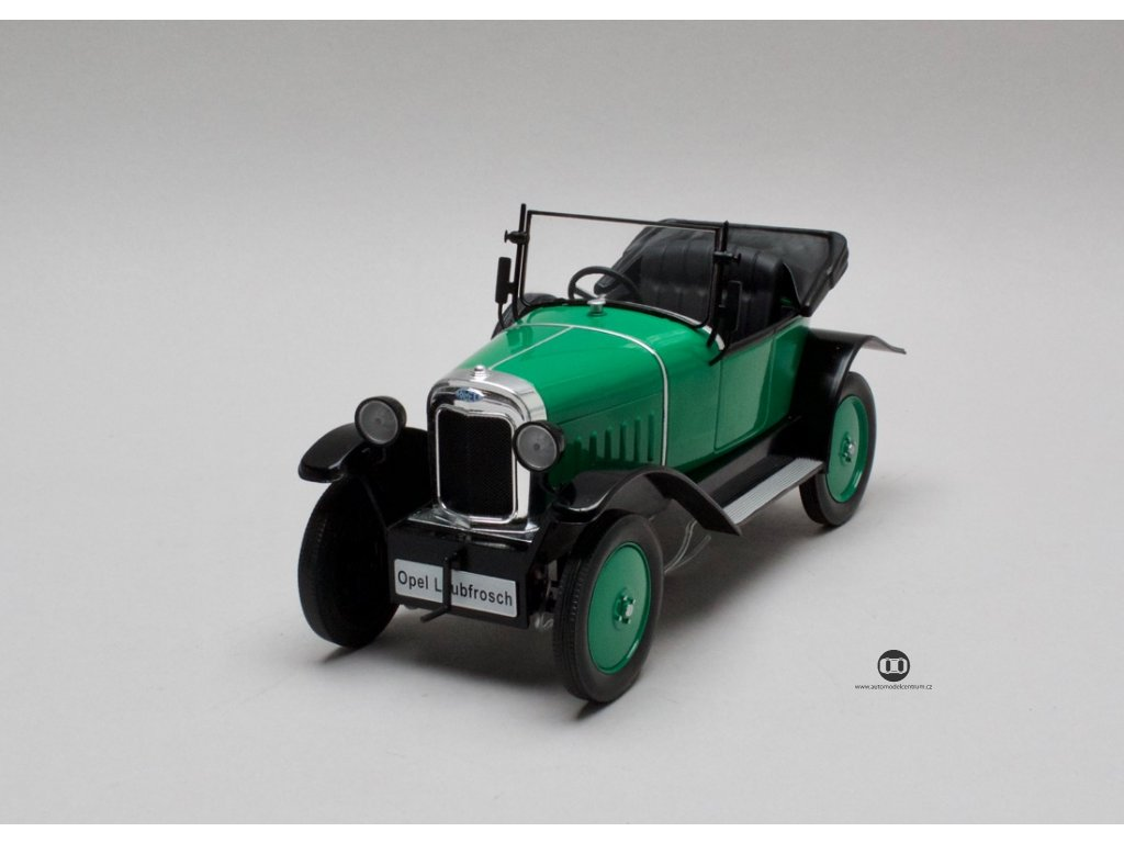 Opel 4 PS Laubfrosch 1924 zelená 1:18 MCG