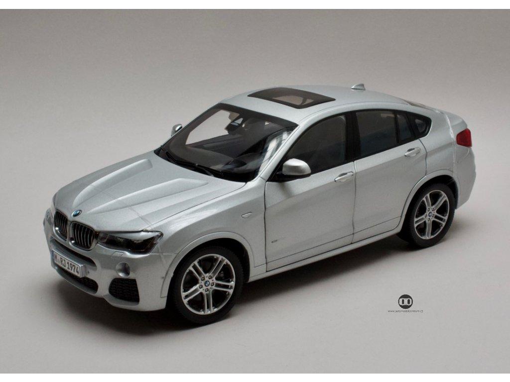BMW X4 F26 2015 stříbrná Glacier 1:18 Paragon