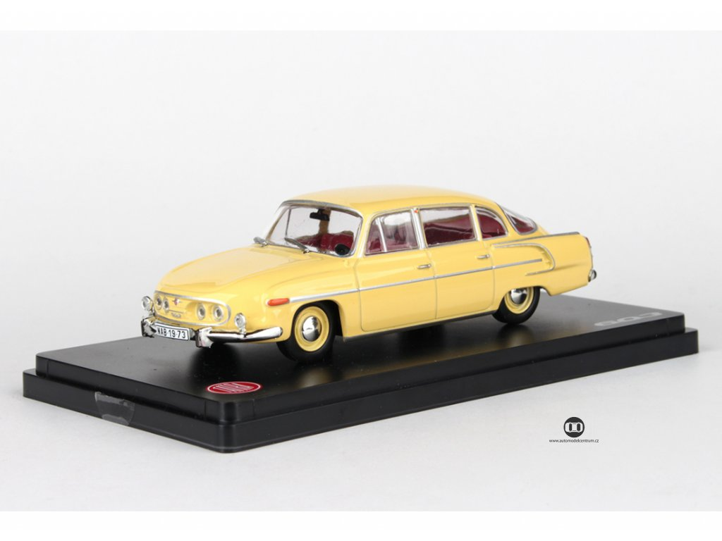 Tatra 603 1969 žlutá světlá červený interier 1:43 Abrex