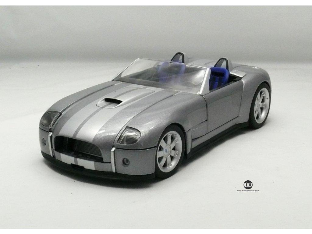 Ford Shelby Cobra Concept 2005 stříbrná 1:18 Hotwheels