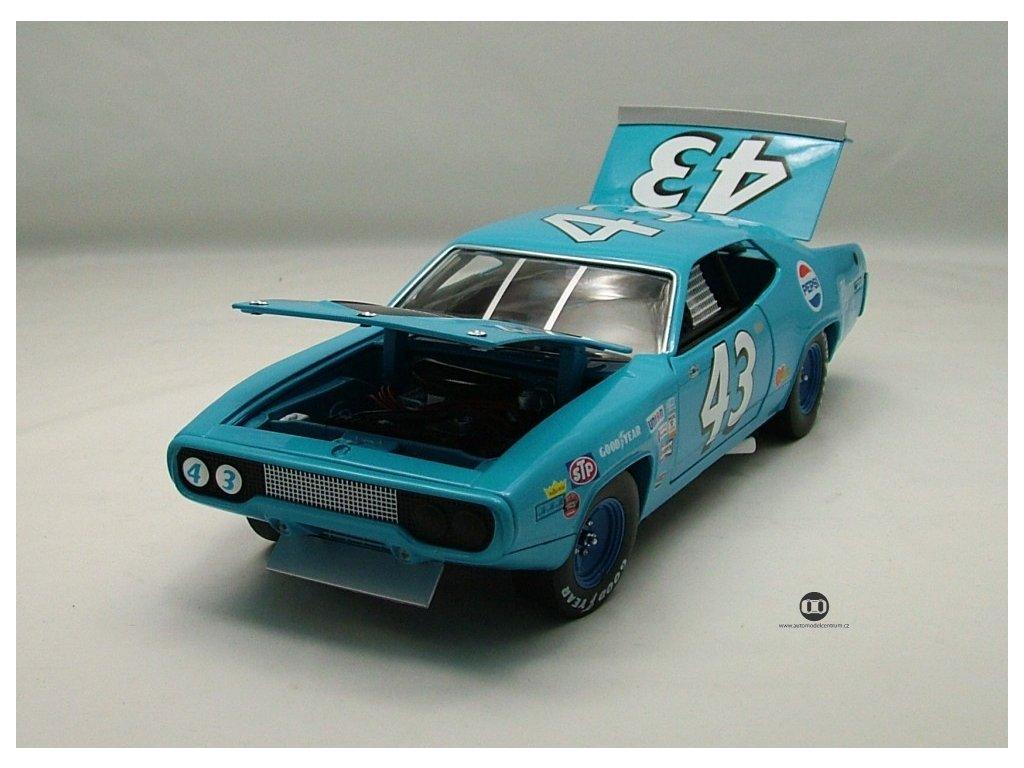 Plymouth 1971 Road Runner Richard Petty #43 NASCAR 1:18 Auto World American Muscle Ertl