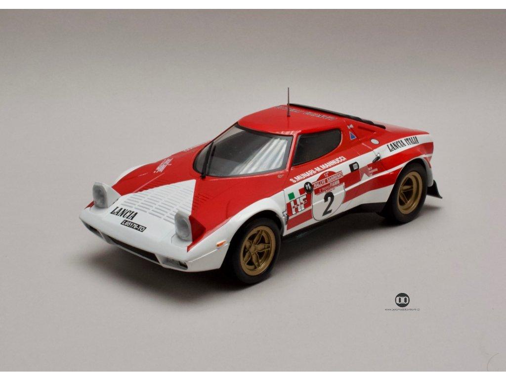 Lancia Stratos #2 vítěz Rally San Remo 1974 1:18 Triple9 Collection