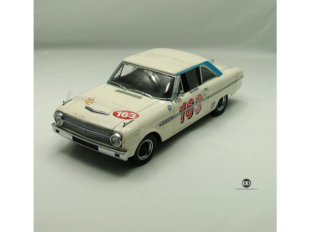 Ford Falcon Racing 1963 # 163 bílá 1:18 Sun Star