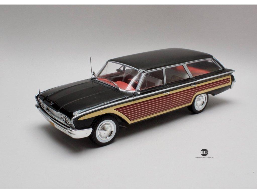 Ford Country Squire 1960 bez stř. nosiče černá-imitace dřeva 1:18 MCG