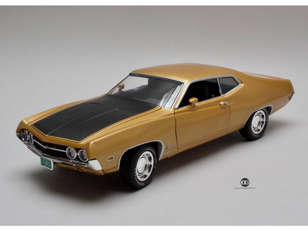 Ford Torino Cobra 1970 zlatá 1:18 Auto World
