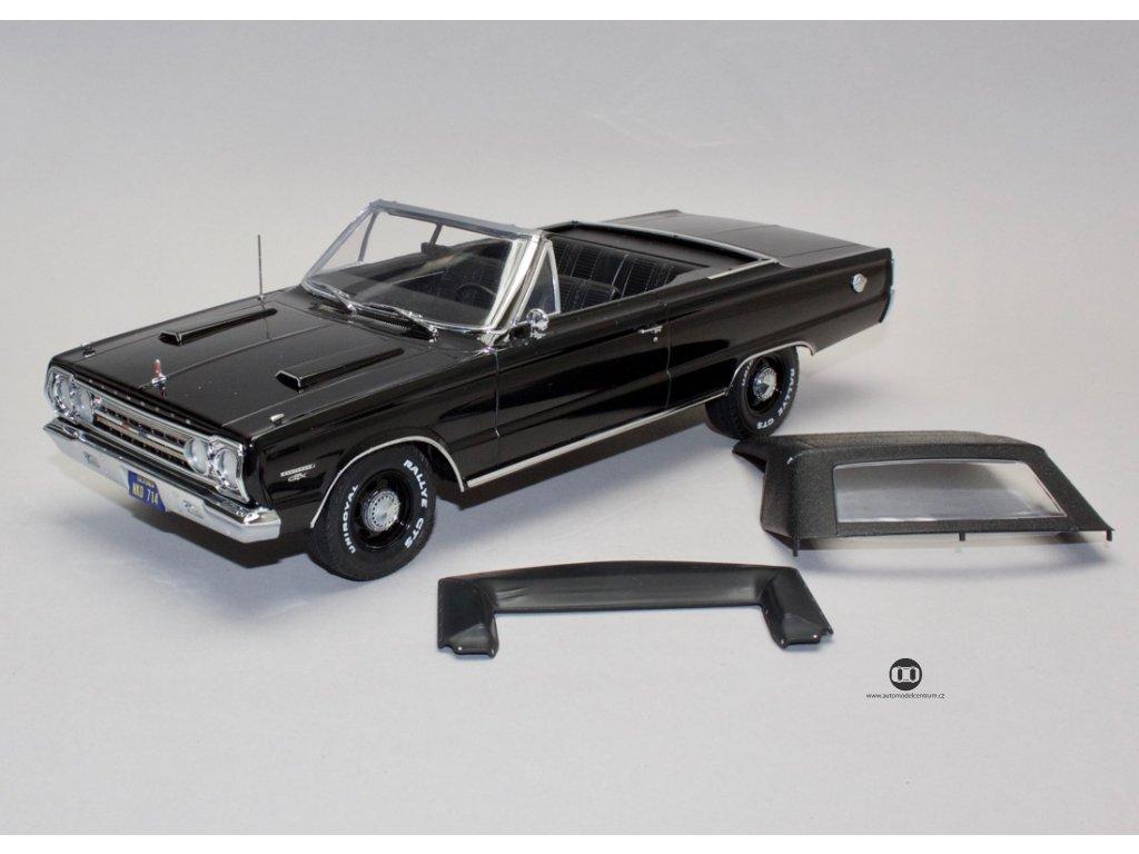 Plymouth Belvedere GTX 1967 Conv. Artisan černá 1:18 Greenlight