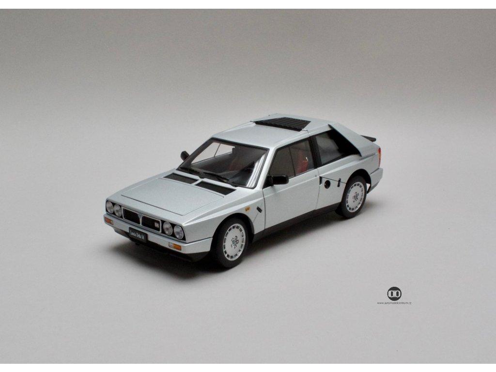 Lancia Delta S4 1985 šedá metalíza 1:18 Auto Art