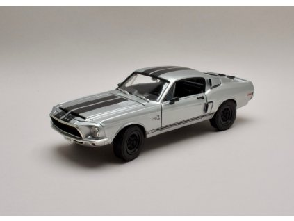 Ford Mustang Shelby GT500KR 1968 metalíza chrom 1 18 Lucky Diecast 92168chr 01