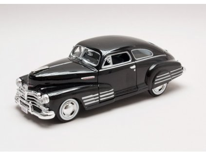 Chevrolet Aerosedan Fleetline 1948 černá 1 24 Motor Max 01
