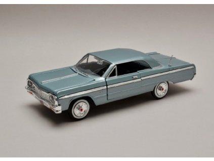 Chevrolet Impala 1964 met světle modrá 1 24 Motor Max 73259 01