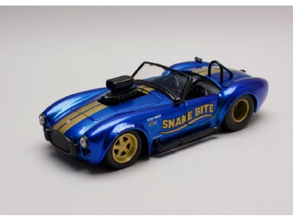 Shelby Cobra 427 S C 1965 Snake Bite modrá met 1 24 Jada Toys 31706 01