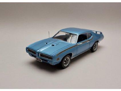 Pontiac GTO Judge 1969 %22MCACN%22 modrá 1 18 Auto World AMM1171 01