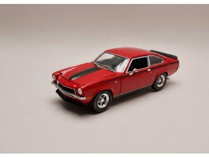Chevrolet Vega Yenko Stinger 1972 červená 1 18 Auto World AMM1156 01