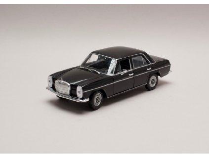 Mercedes Benz 220 1968 (W115) černá 1 24 Welly 24091 01