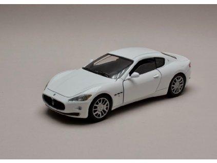Maserati Gran Turismo bílá 1 24 Motor Max 73361 01