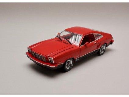Ford Mustang II Mach I 1976 červená 1 18 Greenlight 12867 01