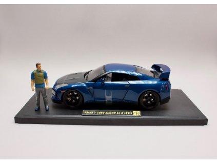 Nissan GT R 2009 + figurka + osvětleno Rychle a zb. (Fast & Furious) 1 18 Jada Toys 01