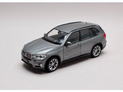 BMW X5 šedá metalíza 1 24 Welly 24052 01