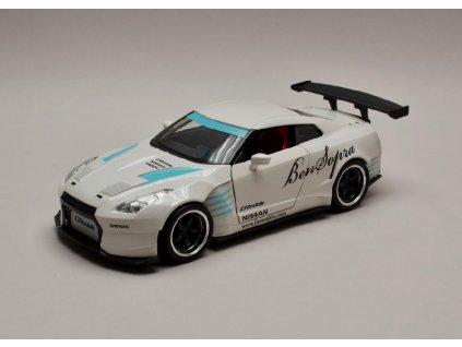 Nissan GT R R35 2009 Ben Sopra JDM Tuners perleť bílá 1 24 Jada Toys 98569 01
