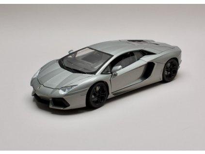 Lamborghini Aventador LP700 4 metalíza šedá 1 18 Motor Max 79154 01