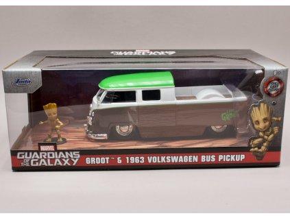 Volkswagen Bus Pick Up 1963 + figurka %22Groot %22Guardians of the Galaxy 1 24 Jada Toys 31202 01