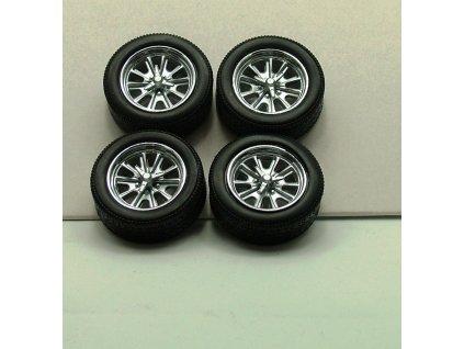 Sada 4 kol Ford Mustang Shelby 500E chrom 1:18 China Toys