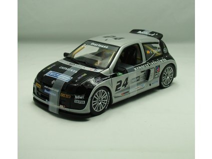 Renault Clio Sport Trophy V6 24V 2000 # 24 1:18 Universal Hobbies