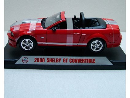 Ford Mustang Shelby GT Convertible 2008 Shelby 09083 cervena stribrne pruhy 01