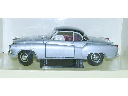 Borgward Isabella Coupé 1957 stříbrno-černá 1:18 Revell