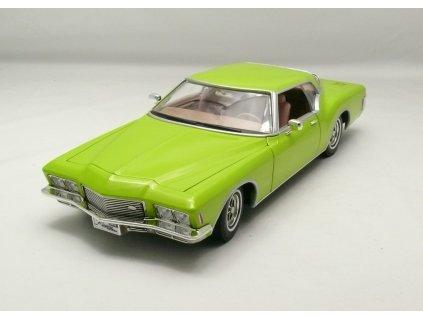 Buick Riviera GS 1971 zelená 1:18 Lucky Die Cast
