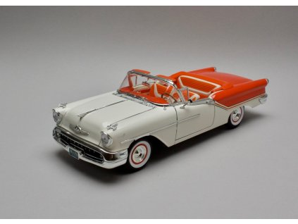 Oldsmobile Super 88 1955 Convertible oranž-bílá 1:18 Lucky Die cast