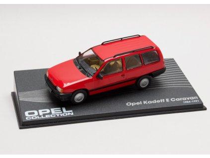 Opel Kadett E Caravan červená 1:43 Champion