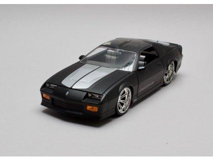 Chevrolet Camaro 1985 černá mat 1:24 Jada Toys