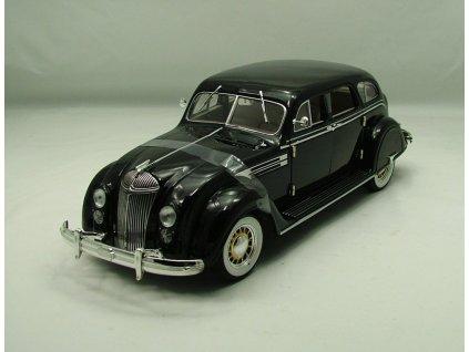 Chrysler Airflow 1936 černá 1:18 Signature