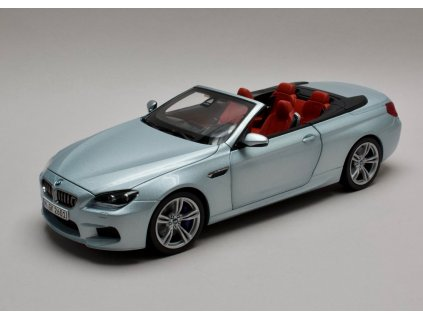 BMW M6 F12 Convertible Silverstone II 2012 stříbrná 1:18 Paragon