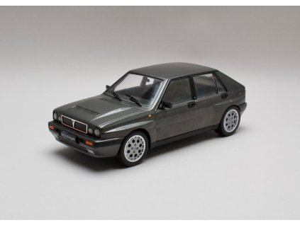 Lancia Delta HF Integrale 16V 1989 šedá 1:18 Triple 9 Collection