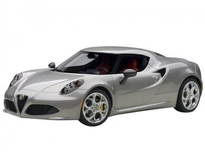 Alfa Romeo 4C 2013 metalíza šedá 1:18 Auto Art