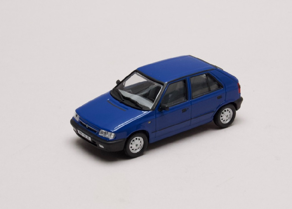 "Škoda Felicia 1994 ""plechové disky"" modrá Arktická 1:43 Abrex"